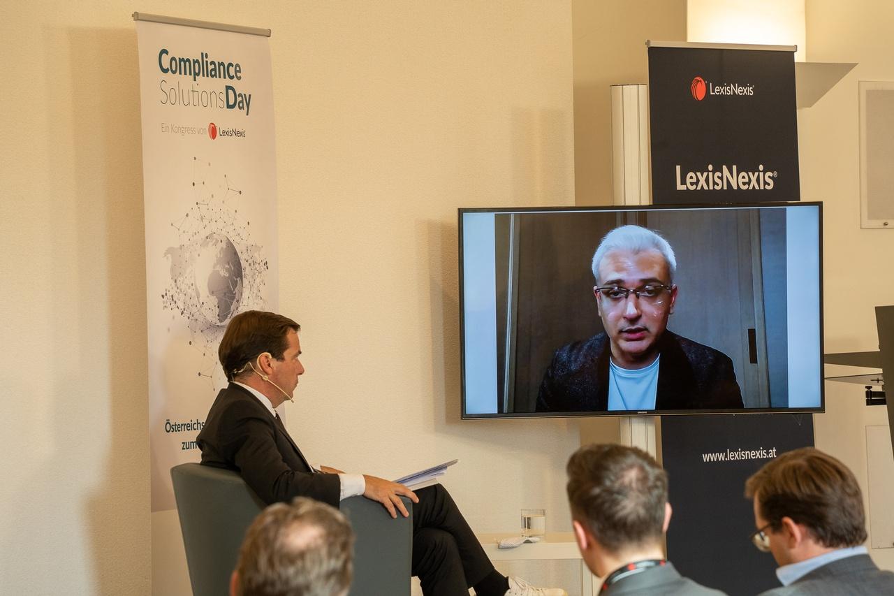 Rainer Nowak im Gespräch mit Pav Gill, © LexisNexis/ Fotograf: Sascha Janak