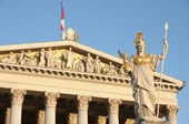 Parlament Österreich Pallas Athene, © © Vladimir Mucibabic - Fotolia.com