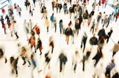 Shopping, Menschenmenge, Überwachung, © Adobe Stock