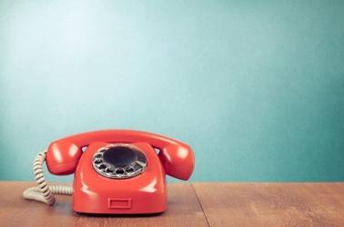 altes rotes Telefon, © © brat82 - Fotolia